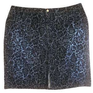 Venezia Floral Plus Size Skirt